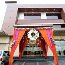 Oyo 16827 Hotel Grand M Lajjo in Ludhiana