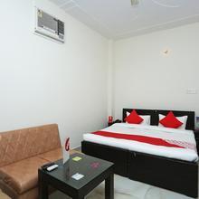 OYO 16904 Hotel Maharaja Palace Deluxe in Aligarh