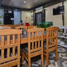 OYO 16927 Home Studio Mussoorie Hikes View in Dhanaulti