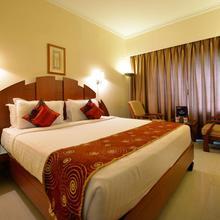 OYO 1701 Hotel Nkm's Grand in Akbarnagar