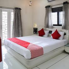 OYO 17286 Lrh Service Apartments in Phursungi