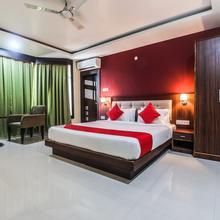 OYO 17324 Hotel Pemaling in Kaharpara