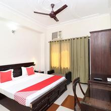 OYO 17381 Hotel City Look in Baddi