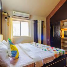 OYO Home 17427 Elegant Studio in Calangute