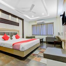Oyo 1774 Hotel Keerthi's Anupama in Vijayawada