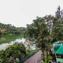 Oyo Home 18299 Lake View Stay in Bhimtal