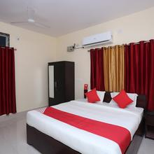 OYO 18355 Hotel Moonlight in Cuttack