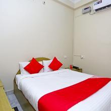 Oyo 18362 Hotel Jai Maa Durga in Prayagraj