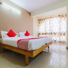 OYO 18505 Hotel Rukmini in Bogmolo
