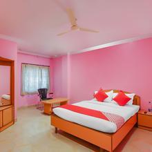 OYO 18510 Hotel Sri Venkateshwara in Seriguda