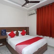 Oyo 18533 Tulip Inn in Gorakhpur