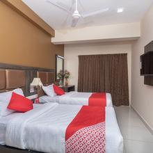 OYO 18621 V Grand in Tiruchirappalli