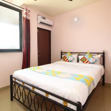 Oyo 18675 Home Modern Stay Madgaon Station in Margao