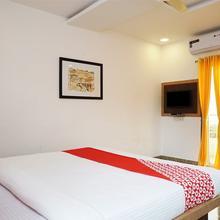 OYO 18730 Galaxy Inn in Mahabaleshwar