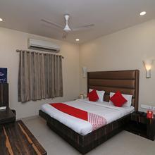 Oyo 1884 Hotel Heera Continental in Vrindavan