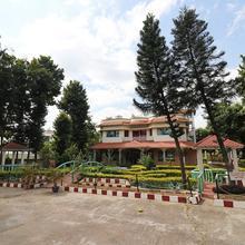 OYO 18879 Amantran Hotel & Resorts in Kolkata