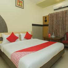 OYO 18893 Hotel Shweta in Shirdi
