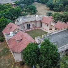 OYO 19137 Home Pool View 2bhk Farmhouse Palwal in Dhauj