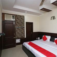 OYO 19483 Hotel Abinashi in Karnal
