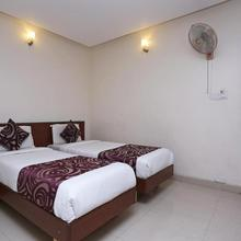 Oyo 1951 Hotel Kings L Grand in Mysore