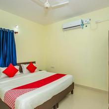 Oyo 19749 New Shelton Suites in Devanhalli
