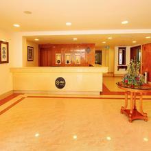 OYO 1975 Hotel Arcadia Regency in Punnappira