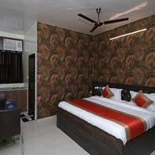 OYO 20024 Hotel Star Court in Ballabhgarh