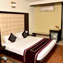 OYO 2148 Hotel Metro 43 in Chandigarh
