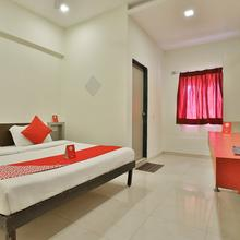 OYO 2156 Hotel Isher International in Gandhinagar