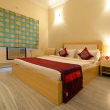 OYO 2164 Apartment Hotel Gardenia in Akbarnagar
