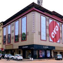 OYO 2195 Hotel Maharaja in Bogmolo