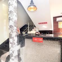 Oyo 22012 Hotel B1 in Bhulath