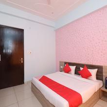 OYO 22014 Prem Resort in Mathura