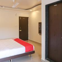 Oyo 22066 Hotel Mayur in Talegaon Dabhade