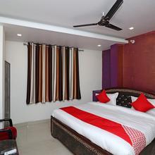OYO 22084 Veenayak Residency in Gorakhpur