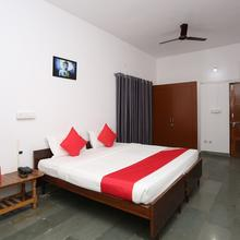OYO 22249 Singing Birds Home Stay in Bhopal
