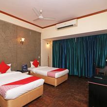 Oyo 22269 Hotel Landmark Plaza in Porbandar