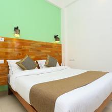 OYO 22309 Hotel Jumayira International in Perumkulam