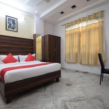 OYO 22400 Hotel Lichana Haveli in Jahota