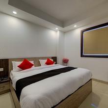 OYO 22527 Supreme Residency in Ghaziabad