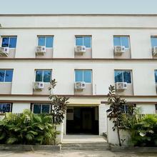 Oyo 22558 Hotel Karan International in Akola