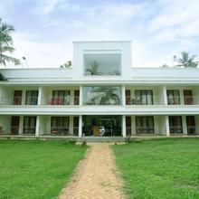 OYO 22567 Travancore Island Resort in Perumkulam