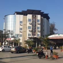 Capital O 22649 Hotel Westview in Sanjan