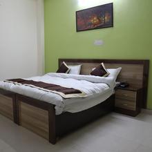 Oyo 22745 Elite Venue in Greater Noida