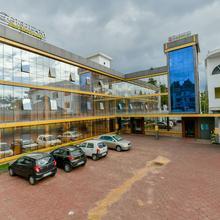 OYO 22757 Gokulam Heritage Plaza in Vayittiri