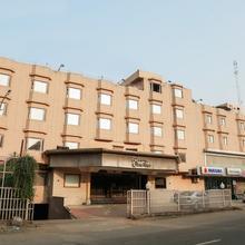 Oyo 22953 Hotel Shelter in Gwalior