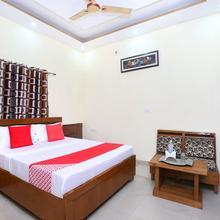Oyo 23101 Hotel Amarpali in Baddi