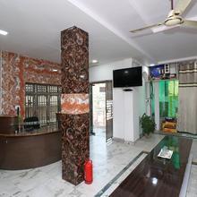 OYO 23207 Hotel Raj Shree Deluxe in Mohanlalganj