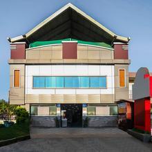 OYO 23308 Lamiya Plaza in Ammatti