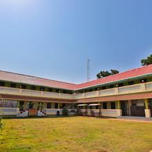 OYO 23362 Saanvi Resort in Bhavnagar